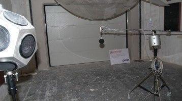 Puertas-acústicas-durante-la-prueba